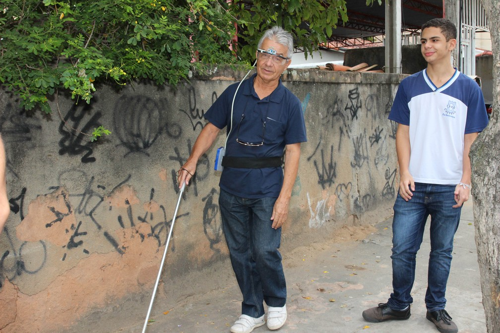 Óculos foram testados em deficientes visuais de Macaé, no RJ — Foto: Divulgação