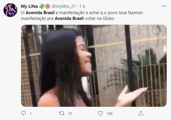 Reação com 'Avenida Brasil' no Twitter (Foto: Reprodução)