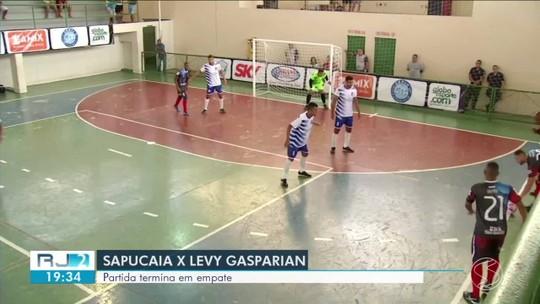 Toma lá, dá cá! Sapucaia e Levy Gasparian empatam jogo duríssimo pelo grupo B