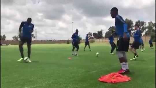 Usain Bolt treina com equipe da primeira divisão da África do Sul