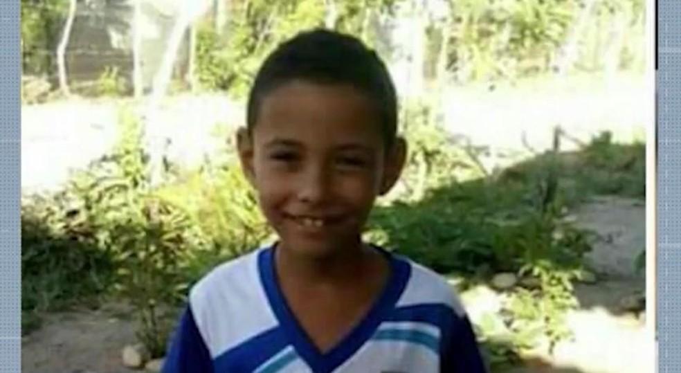 Cauã, 11 anos, desapareceu em naufrágio de canoa no Rio Paraguaçu — Foto: Reprodução/TV Bahia