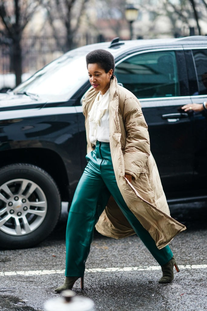 Aposte na mistura de elementos da moda vitoriana com sportwear (Foto: Getty)