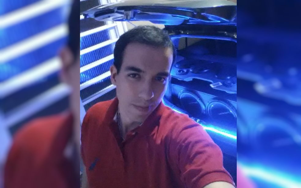 Renan Gouveia foi morto na frente da namorada em assalto em Aparecida de Goiânia (Foto: TV Anhanguera/Reprodução)