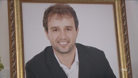 'Ele era o mais querido da turma', diz amigo sobre jornalista eletrocutado em Balneário Rincão