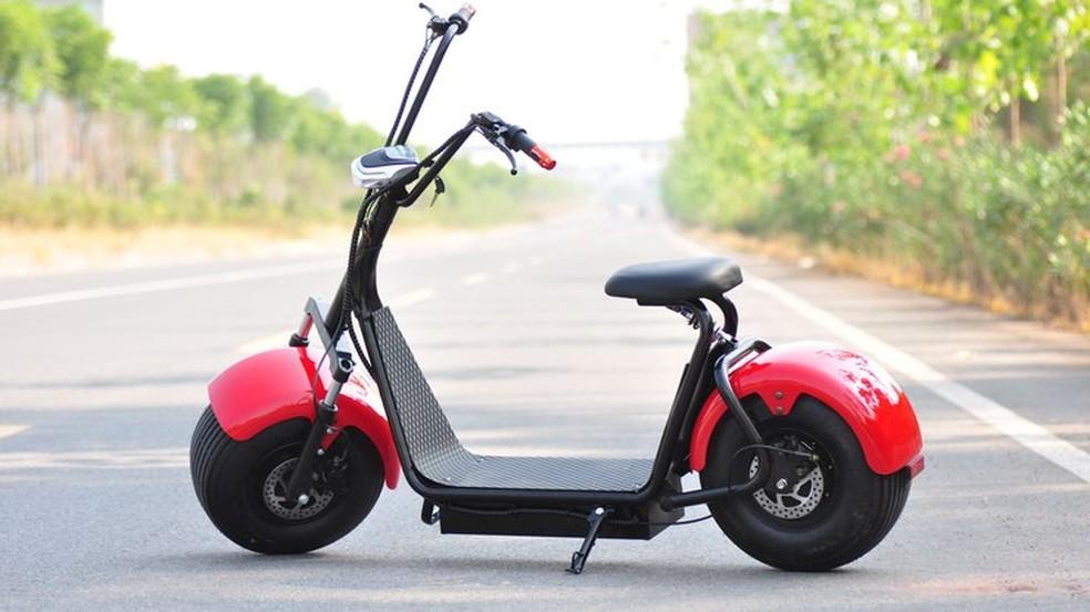 Scooter elétrico pode rodar em ciclovias, desde que seja menor do que uma cadeira de rodas — Foto: Divulgação