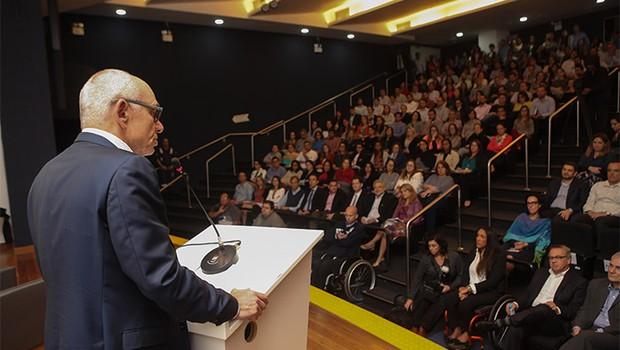 Fabio Schvartsman em discurso de posse para funcionários da Vale (Foto: Divulgação )