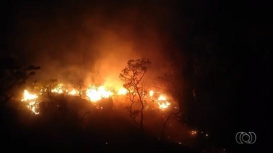 Incêndio atinge Parque Nacional da Chapada dos Veadeiros, e visitação é suspensa
