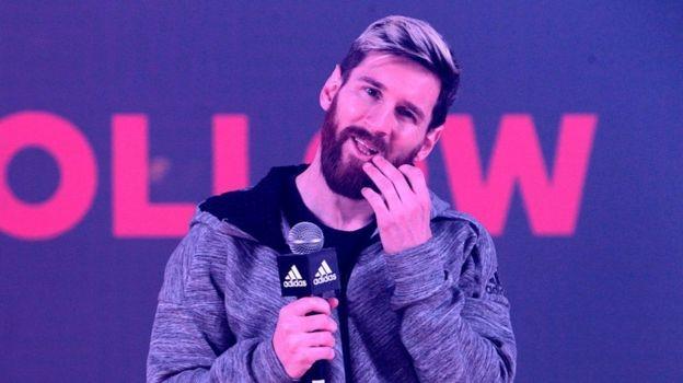 Messi é uma das principais estrelas do futebol patrocinadas pela alemã Adidas  (Foto: Getty Images via BBC)