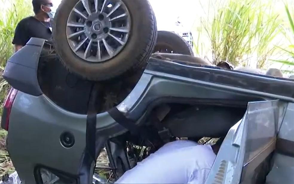 Acidente ocorreu na manhã desta sexta-feira na BR-101 — Foto: Reprodução/TV Bahia