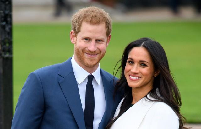 Foto do anúncio do noivado do Príncipe Harry com Meghan Markle (Foto: Tim Rooke / Shutterstock)