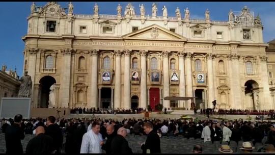 Margareth Menezes e Waldonys participam da canonização de Irmã Dulce no Vaticano