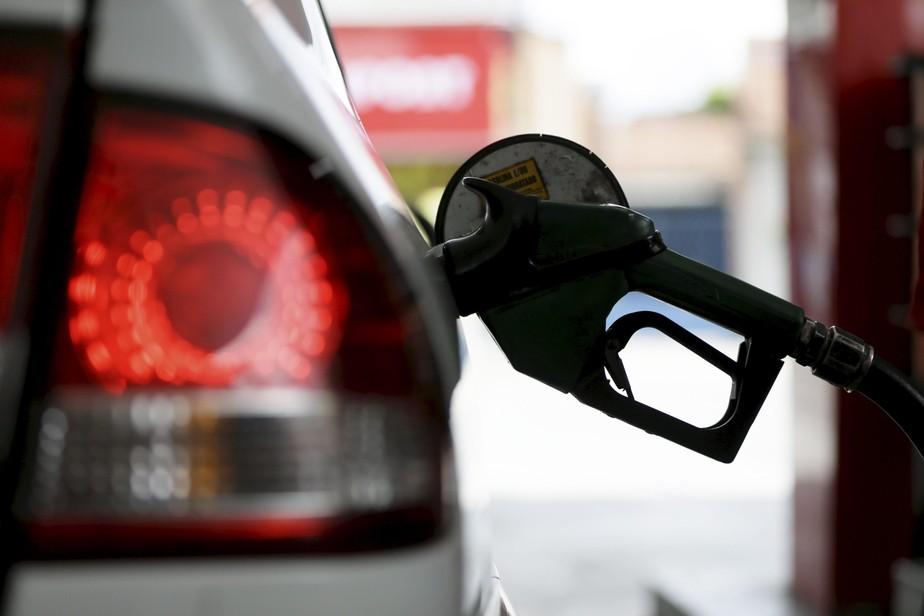 Petrobras vai reajustar gasolina e diesel nas refinarias a partir de terça