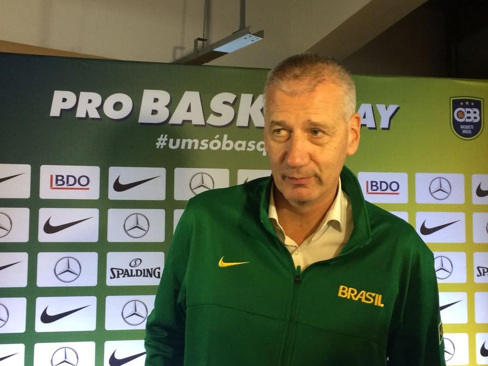 Aleksandar Petrovic , novo técnico da seleção brasileira de basquete (Foto: Marcos Guerra)