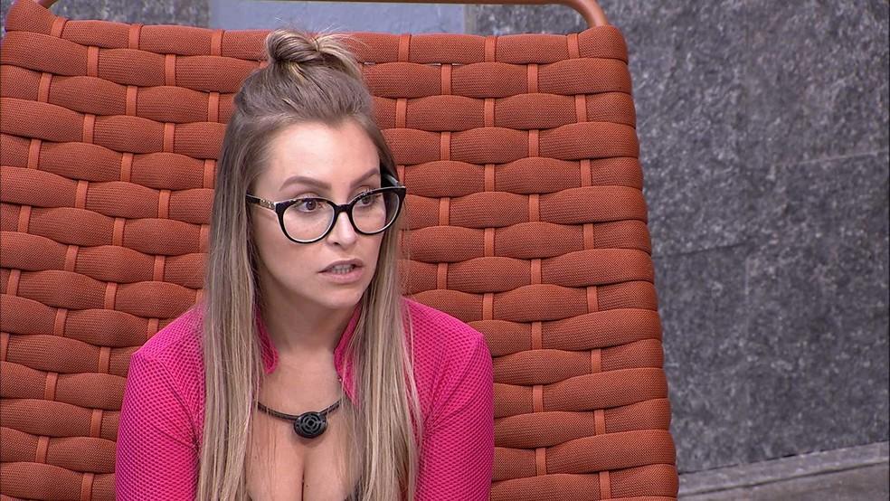 BBB21: Carla Diaz fala sobre o jogo de Arthur — Foto: Globo
