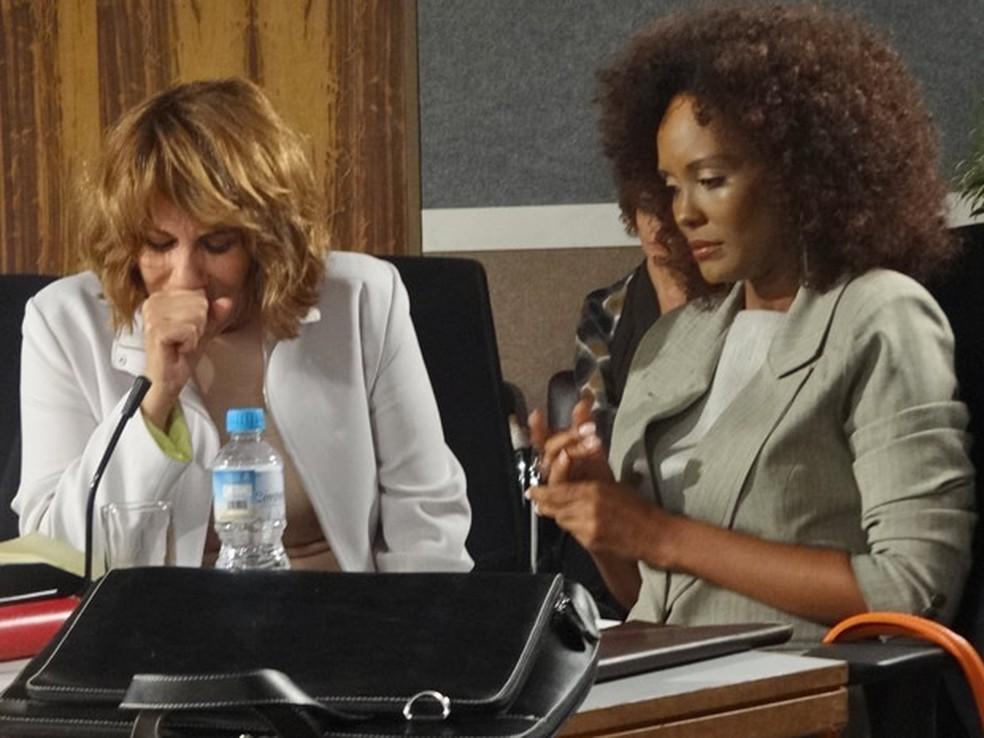 Danielle tem diploma cassado em 'Fina Estampa' — Foto: Globo