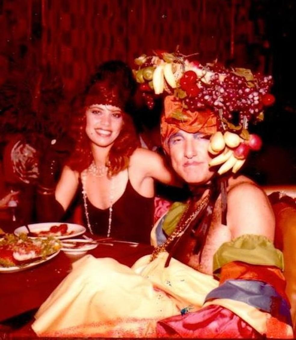 Burton Goldberg (direita) era conhecido como o 'Hugh Hefner de Miami' — Foto: Mutiny Hotel