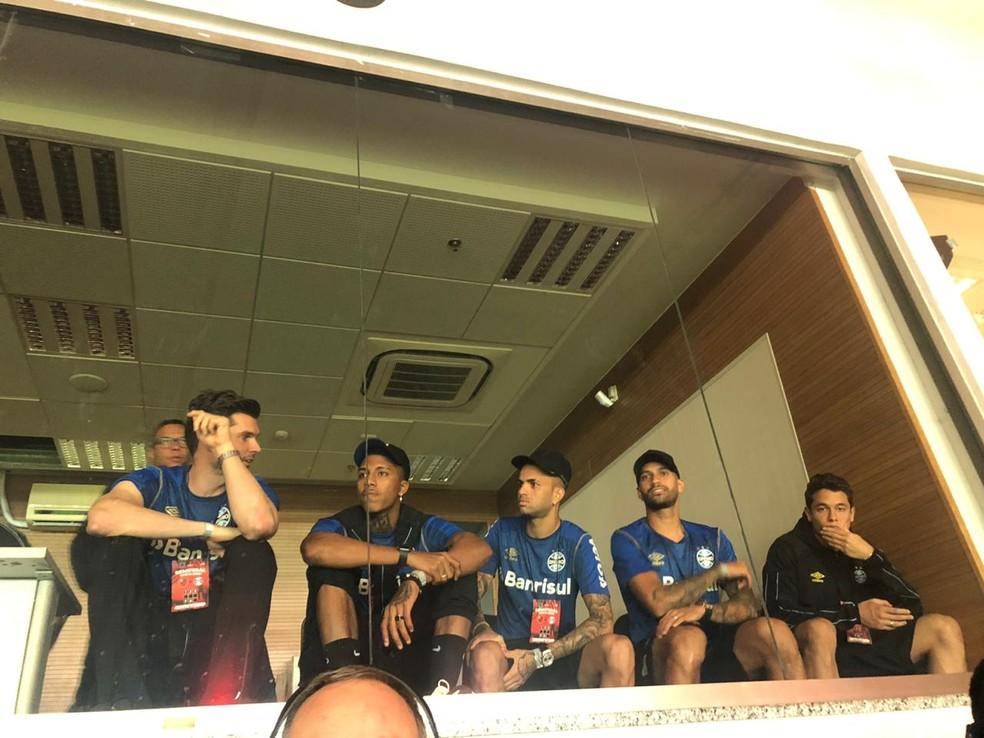 Luan assistiu à partida em cabine do Maracanã — Foto: Tiago Cirqueira / RBS TV