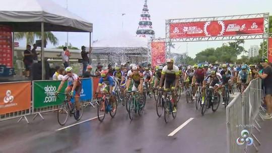 Ciclísticas Aguinaldo e Amélia Archer Pinto reúnem cerca de 200 atletas; veja como foi a largada