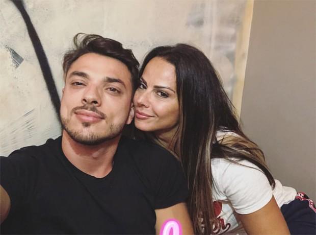 Viviane Araújo e o namorado, Klaus Barros (Foto: Reprodução/Instagram)