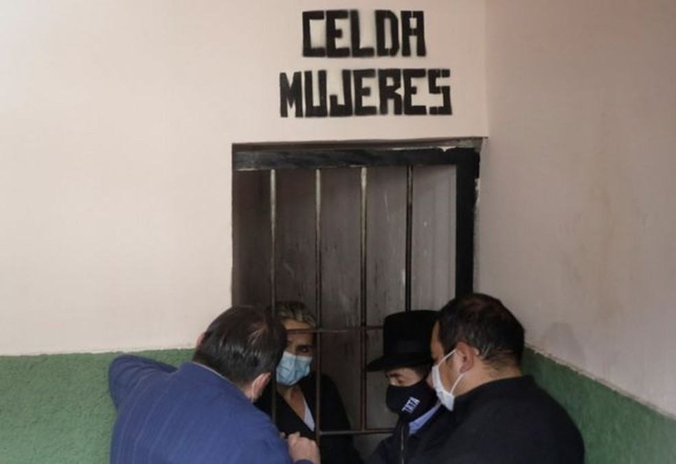 Áñez garantiu que recorrerá a organismos internacionais — Foto: Reuters