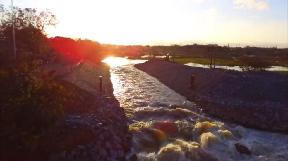 Vazão de água em canal do Rio Pequeno começa a aumentar — Foto: Divulgação/ Leonardo Carvalho