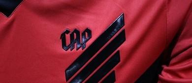 Atlético-PR lança nova camisa e resgata h do nome: 'Athletico' (Albari Rosa/Gazeta do Povo)