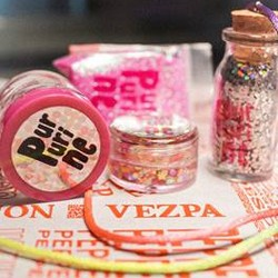 Purpurina e glitters nas lojas da Vezpa