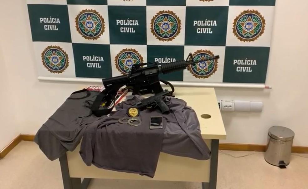 Material apreendido pela polícia com bando — Foto: Reprodução