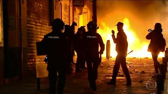 Morte de imigrante africano gera protesto violento, em Madri