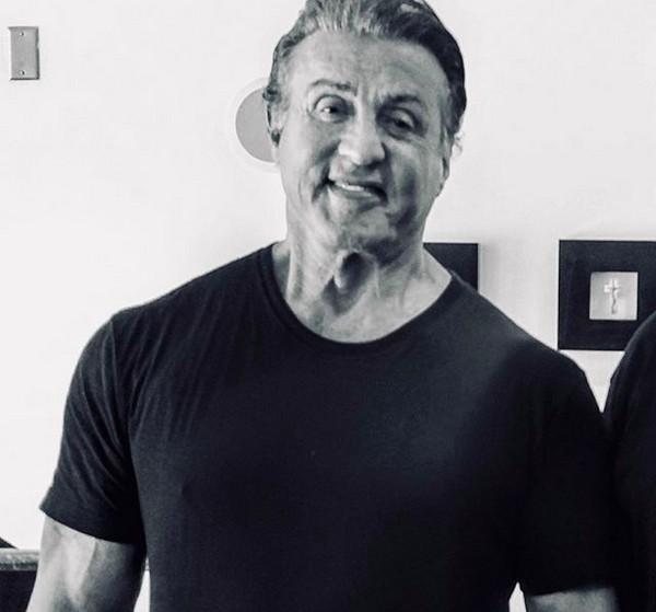 O ator Sylvester Stallone, hoje aos 72 anos (Foto: Instagram)