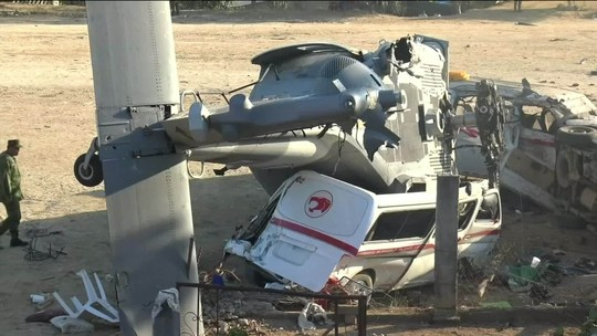 Sobe para 14 o número de mortos por acidente de helicóptero no México