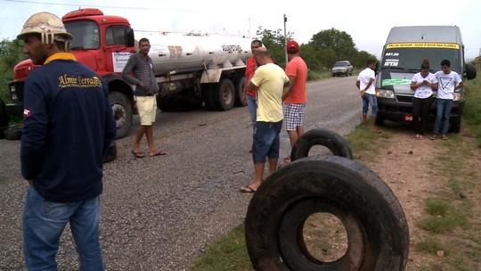 Greve de caminhoneiros em rodovias em Alagoas entra no 8º dia