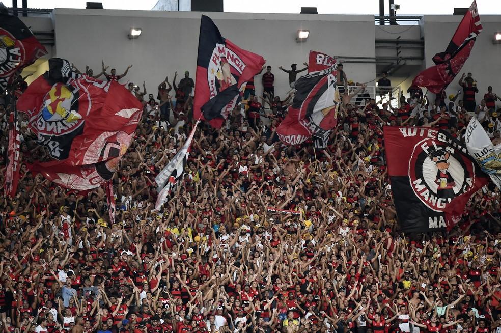Datafolha: Flamengo tem maior torcida do país, empatado tecnicamente com o Corinthians (Foto: André Durão)