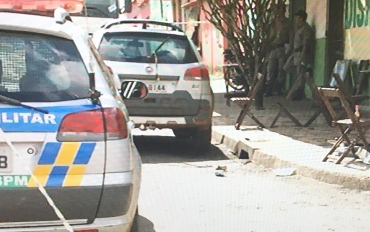 Jovem é morto a tiros em distribuidora de bebidas após jogo futebol, em Anápolis