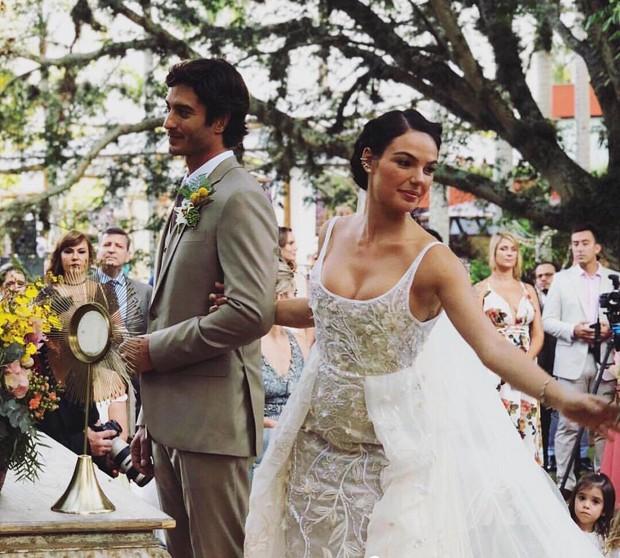 André Resende e Isis Valverde  (Foto: reprodução / Instagram)
