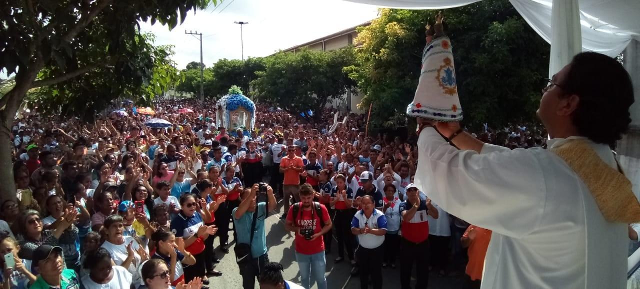 Círio de Nazaré atrai cerca e 20 mil devotos a Ourém, no Pará - Notícias - Plantão Diário