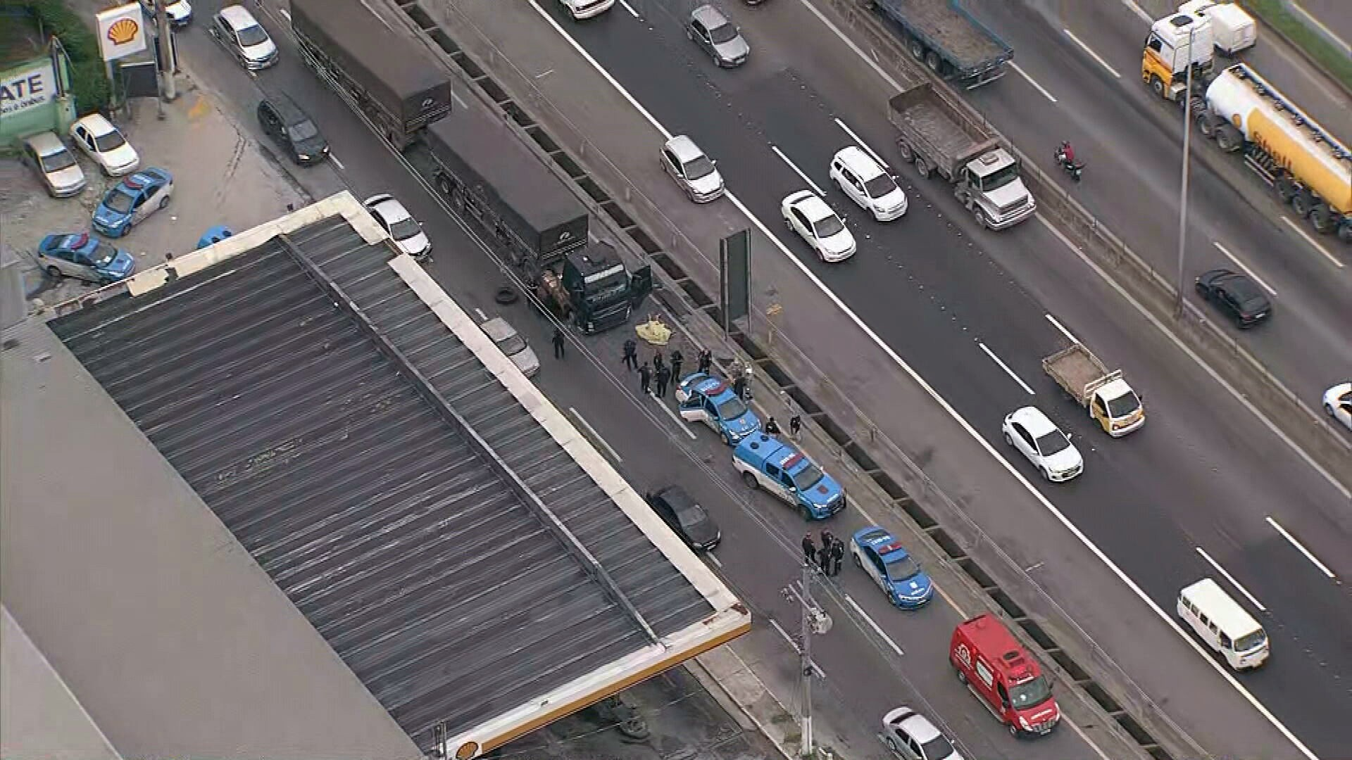 Dois morrem em perseguição a carreta roubada na BR-040, em Caxias