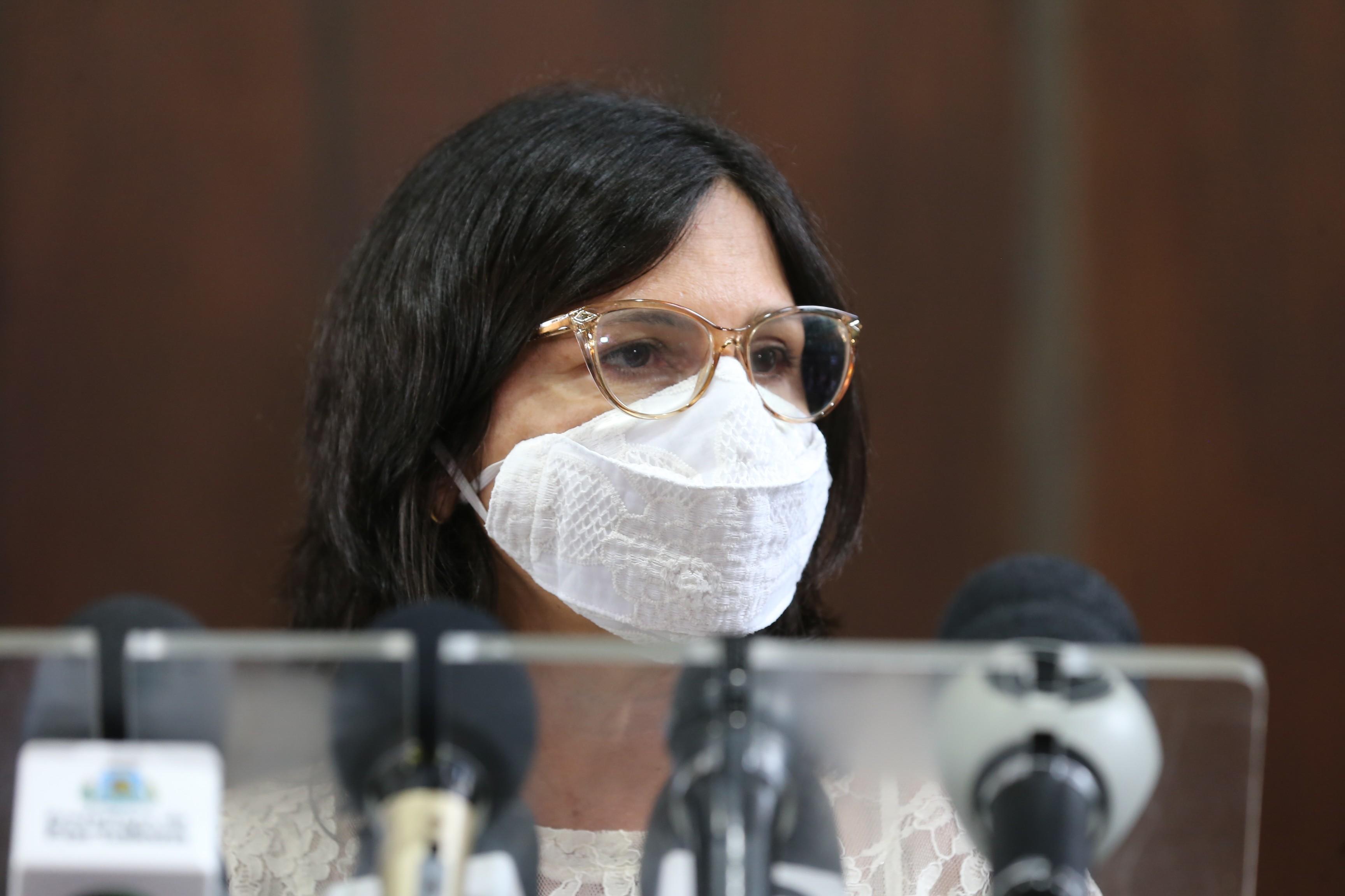 Perguntas e respostas: secretária de Saúde, Ana Estela, esclarece dúvidas sobre a vacinação contra a Covid-19 em Fortaleza