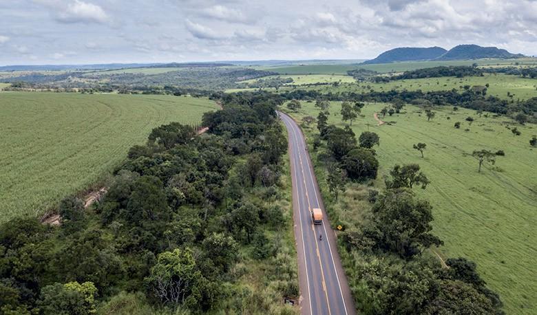 Dossiê Caminhos da Safra - Trecho da BR-364 ligando as regiões Centro-Oeste e Sudeste (Foto: José Medeiros)