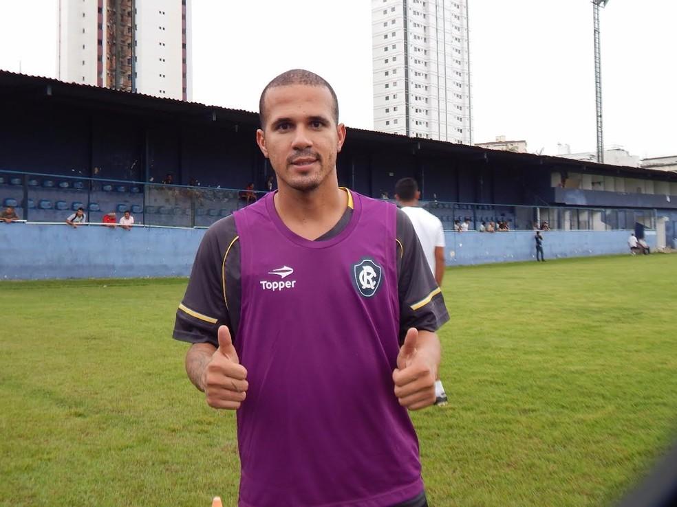 Ex-Bota e Palmeiras, Ronny atuou pela última vez no Remo na Série C 2017 (Foto: Fabio Will/Ascom Remo)