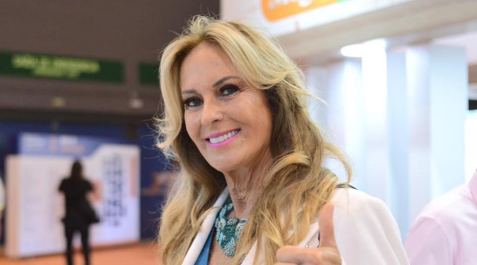 """Helô Pinheiro, a imortal """"Garota de Ipanema"""", tem negócios no mercado de moda (Foto: Divulgação/Tercio Teixeira)"""