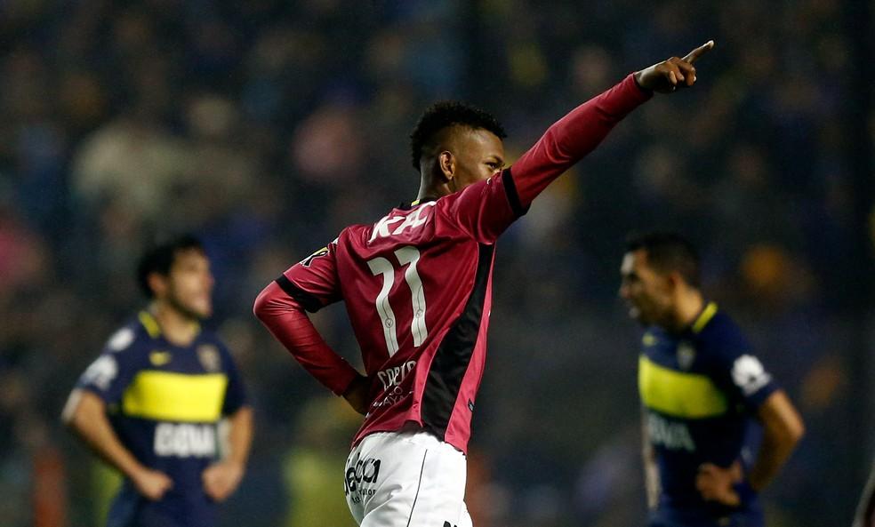 Bryan Cabezas foi vice da Libertadores em 2016 (Foto: Reuters)