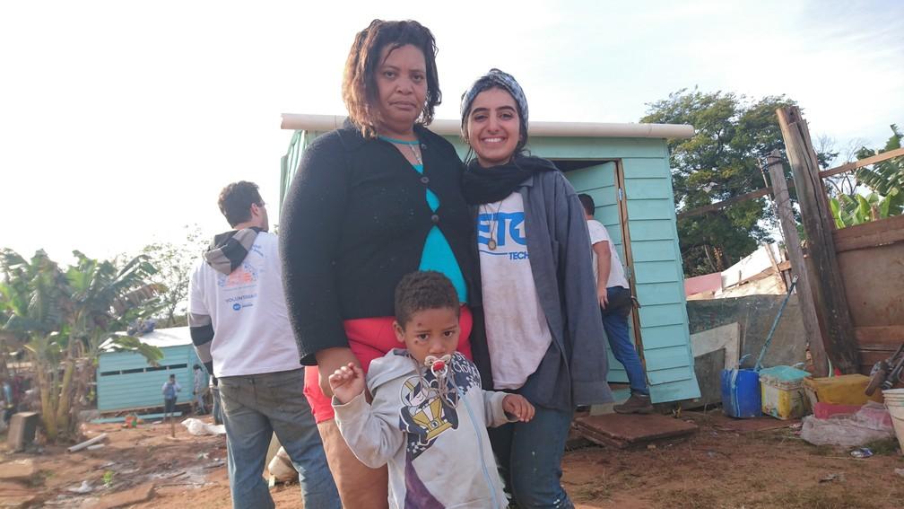 Moradora de Bauru ganhou uma nova casa por meio do projeto que conta com o trabalho de voluntários (Foto: Júlia Martins / G1 )