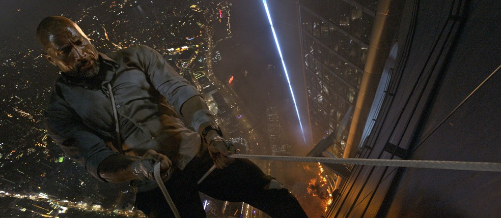 Filme 'Arranha-céu: Coragem sem limite' (Foto: Reprodução)