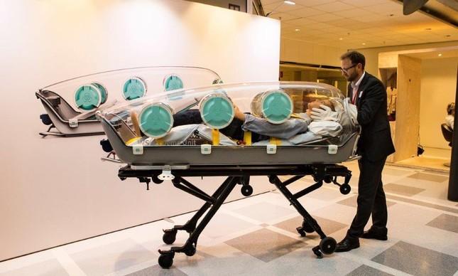 O EpiShuttle é uma cápsula para o transporte seguro de pessoas com doenças contagiosas como o Ebola
