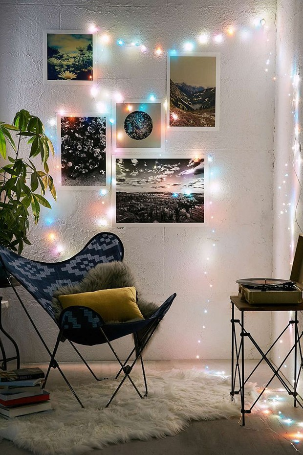 "Luzes Crystal, de LED e plástico, 38 cm., na <a href=""http://www.urbanoutfitters.com/"">Urban Outfitters</a>"