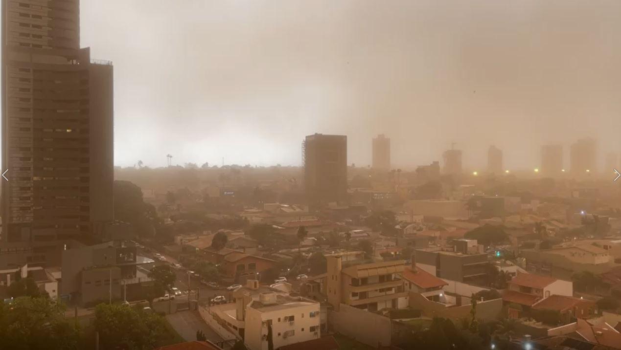 Vendaval atingiu 18 cidades de MS e municípios ainda contabilizam estragos