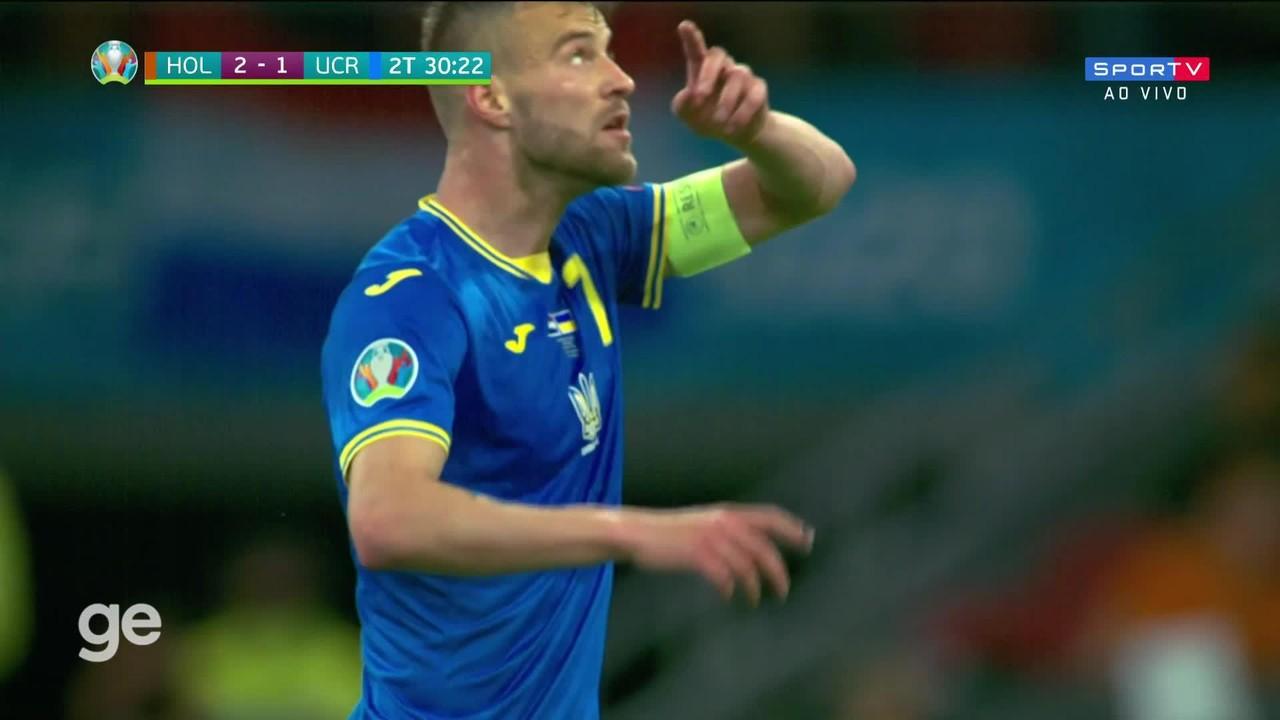 Yarmolenko, da Ucrânia, acertou um lindo chute de fora da área contra a Holanda
