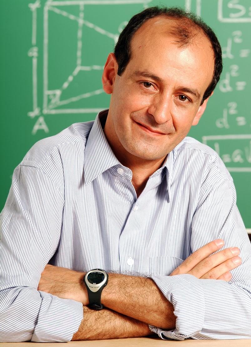 Professor de matemática que atuava em cursinhos pré-vestibulares há mais de 30 anos morre em Curitiba  - Noticias