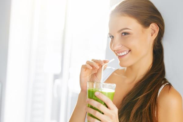 Aposte no suco verde para curar a ressaca (Foto: Thinkstock)